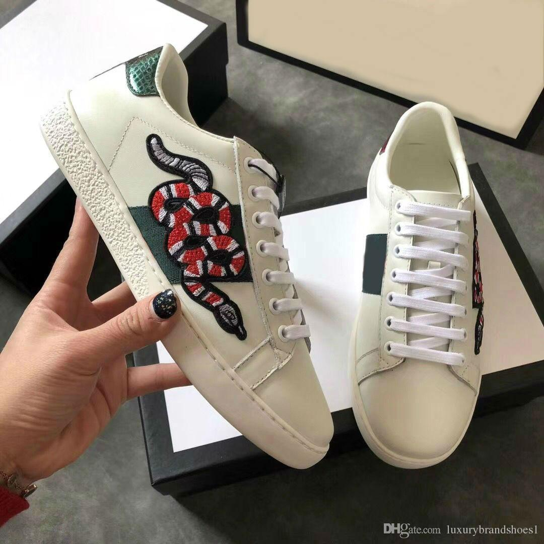 1a291ba97d Compre 2018 Zapatos De Diseñador ACE Lujo Bordado Tigre Abeja Blanco Zapatos  De Pescado De Cuero Genuino Diseñador Zapatilla De Deporte Para Hombre De  Las ...