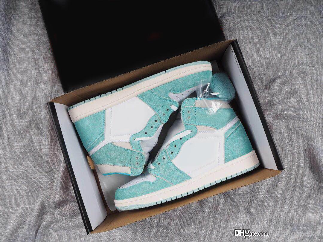 d698f057d509 Turbo Green 1s Mens Retro Basketball Shoes Sneakers Jumpman 1 Suede ...