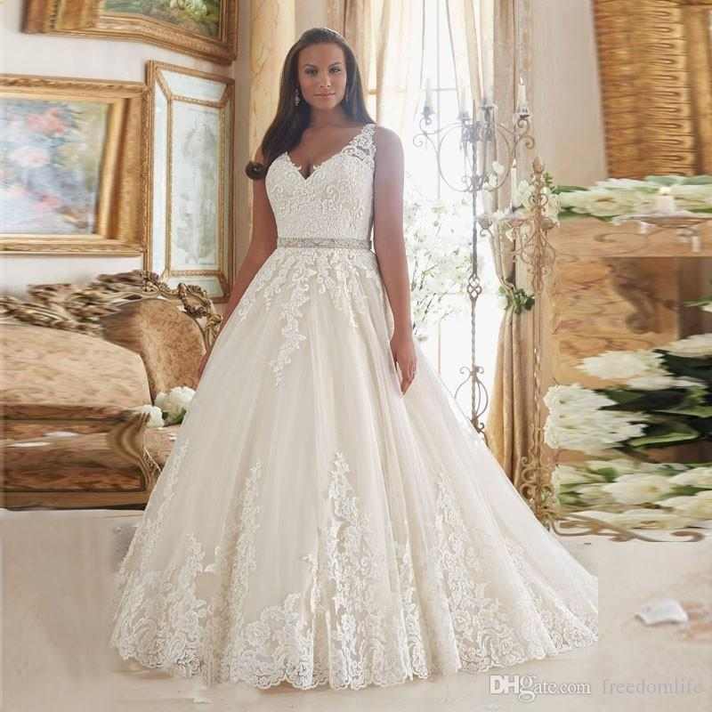 New Arrival A Line Wedding Dresses 2019 V Neck Sweep Train Vintage Plus Size Bridal Gowns Plus Size Vestido De Noiva