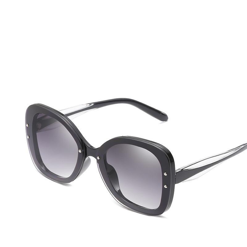 4e302bf333e19 Compre 2019 Novas Mulheres Populares Óculos De Sol De Boa Qualidade  Proteção UV Marca De Moda Óculos Designer De Óculos Quadrados Elegante Big  Size Sombra ...