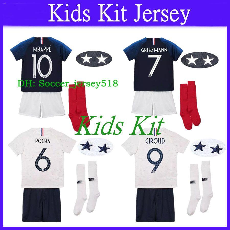 Compre   2018 19 Maillot De Foot Enfant Kit Para Niños Dos Equipos De 2  Estrellas De France 2018 Boys Youth Football Kits Soccer Jersey A  23.64  Del ... 557519e22e67b