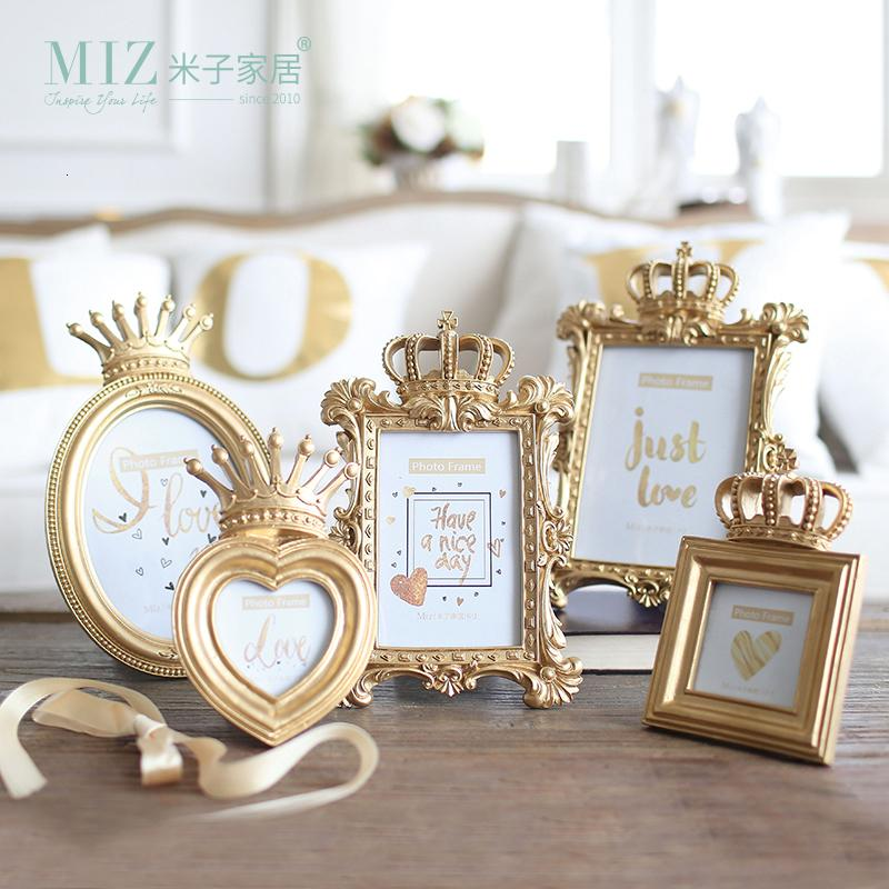 Miz 1 Piece 5 Model Luxury Baroque Style Gold Crown Home Decor Creative Resin Picture Desktop Frame Photo Frame Gift for Friend SH190918
