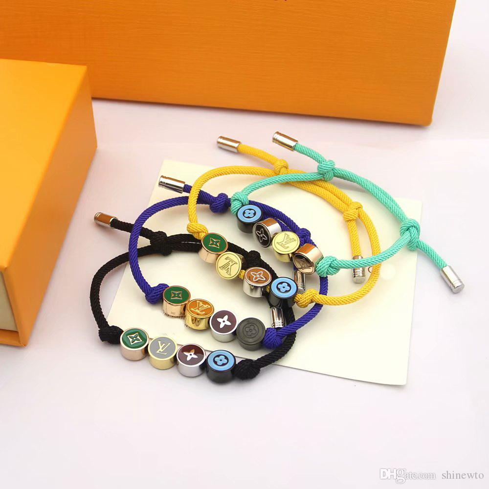 Europe America Fashion Men Lady Women Pull-out Rope Bracelet Bangle With 18K Gold Colored Enamel V Initials Four Round Disk Charms