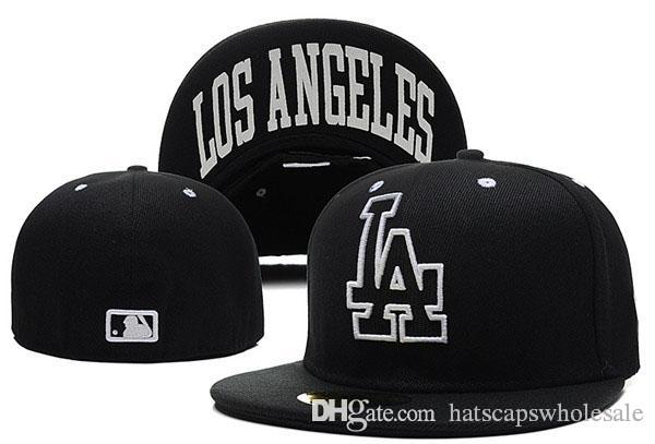 Men's LA Fitted Baseball In black color City Name Under The Flat Brim Sports Team la Closed Caps One Piece Cheap Men's Women'