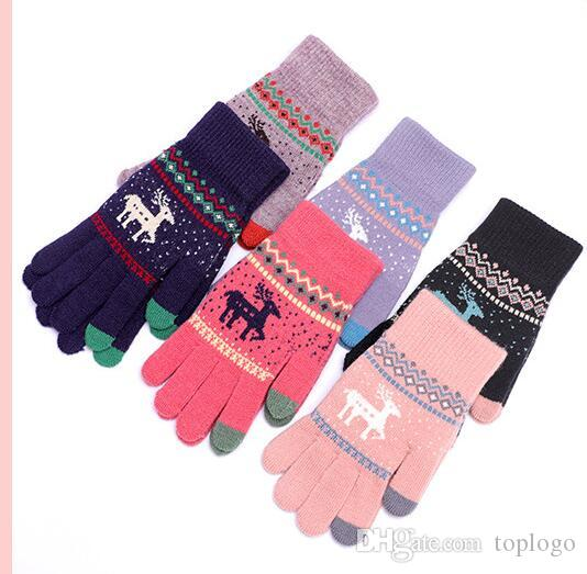 1e0a4127f3a0 Vintage Christmas Deer Knitted Gloves Women Thicken Touch Screen ...