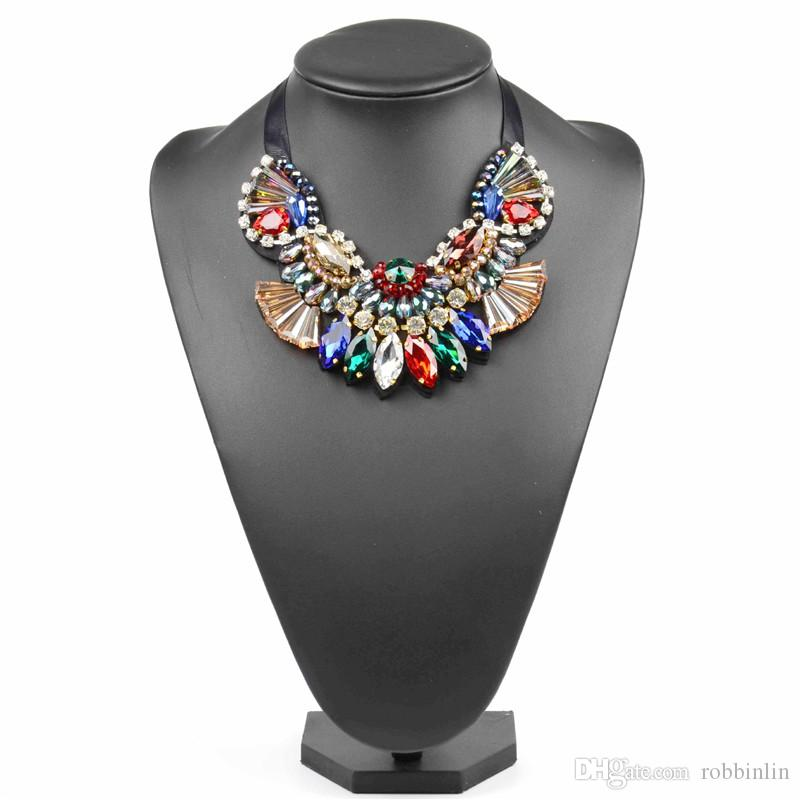 f30e933e671ef Fashion Handmade Crystal Pendant Necklace for Women Maxi Necklace Party  Costume Jewelry Chunky Choker Necklace Multicolor 1 Pc