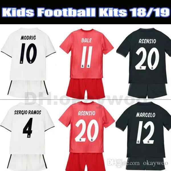 detailed look d0b8a 4e32a Top Soccer Jersey Kids Football Kits 2018 19 Real Madrid Home White Away  KROOS BALE ASENSIO ISCO Child 3rd Red Soccer Shirt Boys Soccer Sets