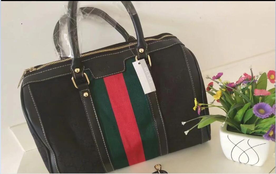 02cc8c5489d 2019 GUCCI New Fashion Men Women Travel Bag Duffle Bag, Luggage ...