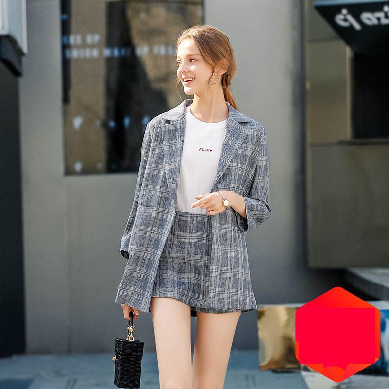 5219f2930c Compre Traje Casual Chaqueta Femenina 2019 Primavera Otoño Nueva Cintura  Alta Elegante Faldas + Cuadros Blazers Abrigos Mujeres Conjunto De Dos  Piezas N462 ...