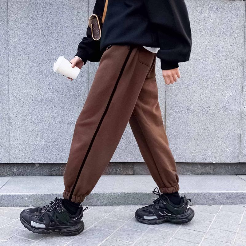 2018 Winter Men's Stripe Printing Casual Pants Thicken Velvet Fashion Trend In Warm High-quality Black/brown Trousers Size S-XL
