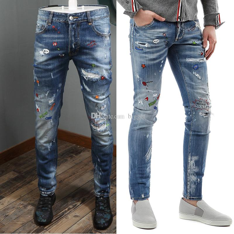ba1011eaa Men Sexy Twist Impreso Low Rise Jeans Botón Desgastado Pantalones de  mezclilla con efecto vintage Estilo Graffiti