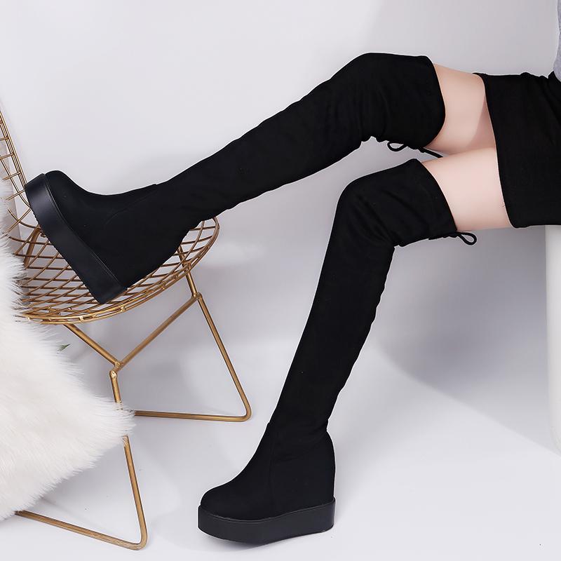 0bd363c651 Compre Muslo Plataforma Alta Invierno Mujer Botas Sobre La Rodilla Botas  Largas De Gamuza Tacones Altos Piel Zapatos De Cuña De Felpa A  21.31 Del  Jerry10 ...