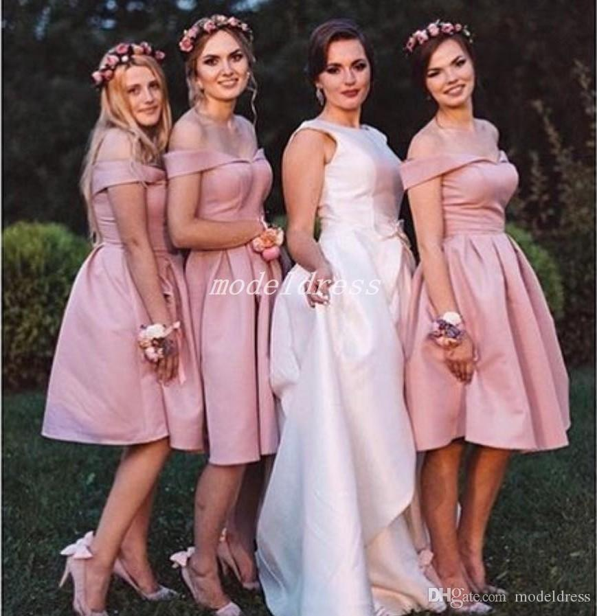 2019 Black Short Bridesmaid Dresses Off Shoulder Knee Length Garden Country Beach Wedding Guest Gowns Maid Of Honor Dress Plus Size Cheap