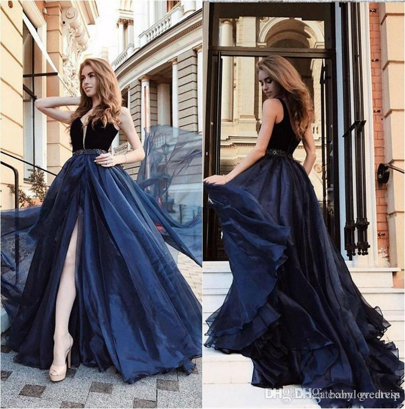 2019 Navy Blue Prom Dresses V Neck Side Split Sleeveless A Line Sweep Train Evening Dress Formal Party Gowns robes de soirée