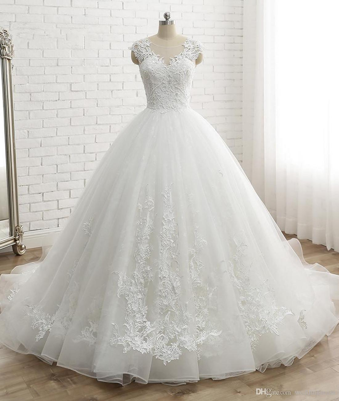 Women s Cap Sleeve Vintage Lace Bridal Dress Princess Ball Gown ... 2e5e75735912