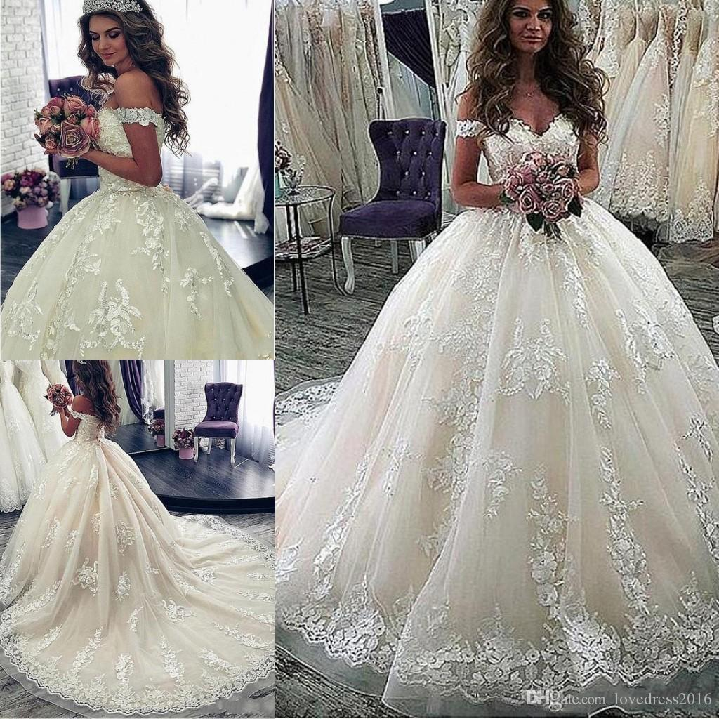 Country Full Lace A Line Wedding Dresses Elegant Off Shoulder Appliques Long Train Wedding Gowns Plus Size Bridal Dress
