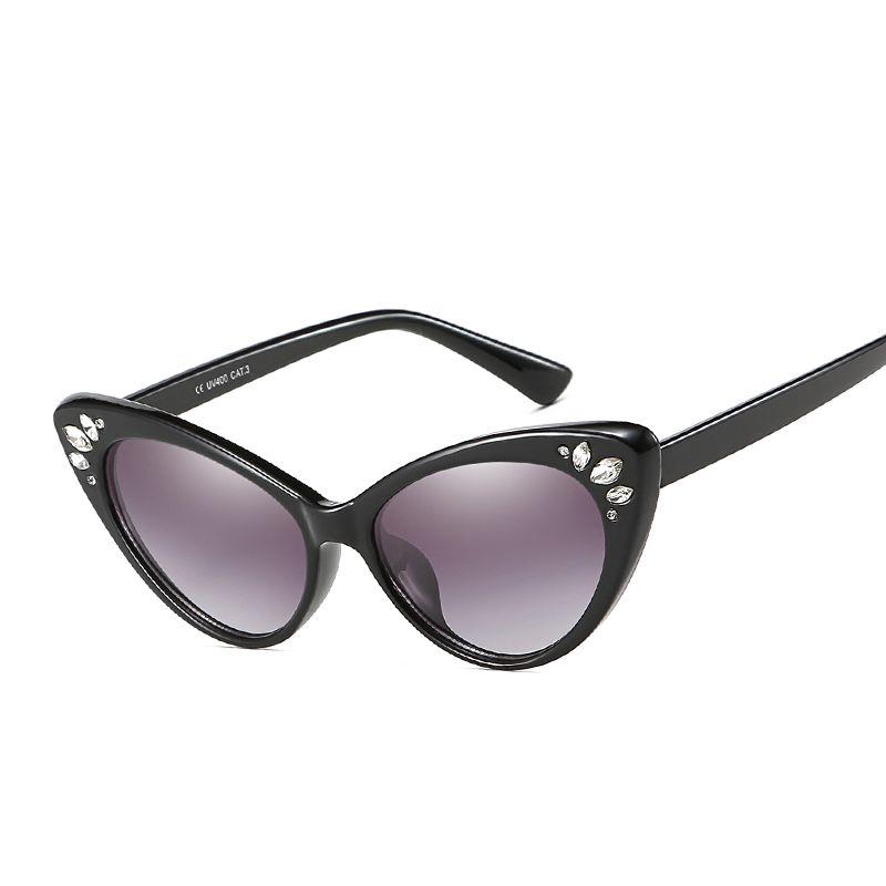 fc76f24a44ab 2019 Vintage Retro Crystal Diamond Sun Glasses Women Luxury Cat Eye  Sunglasses Female Sunwear Clear Lens Gafas Feminino Frame John Lennon  Sunglasses Wiley X ...