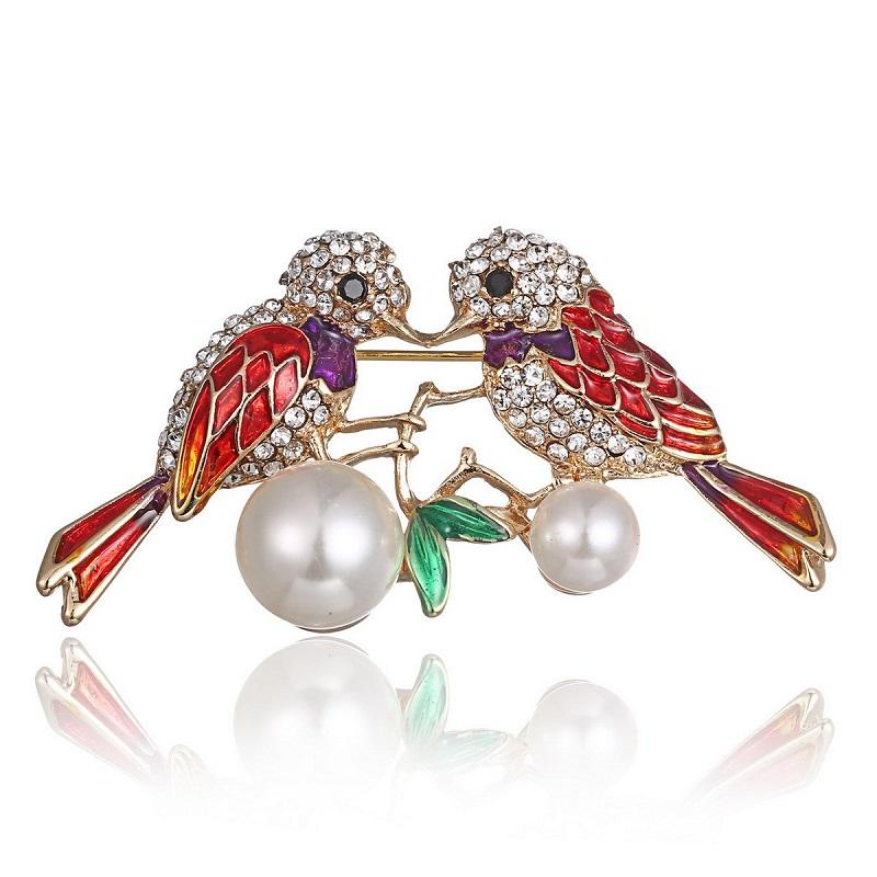 PJX Brooch Personality Kiss Of Two Birds Crystal Painting Oil Breastpin Ornament Clothing Corsage Brooch D-LZH-001