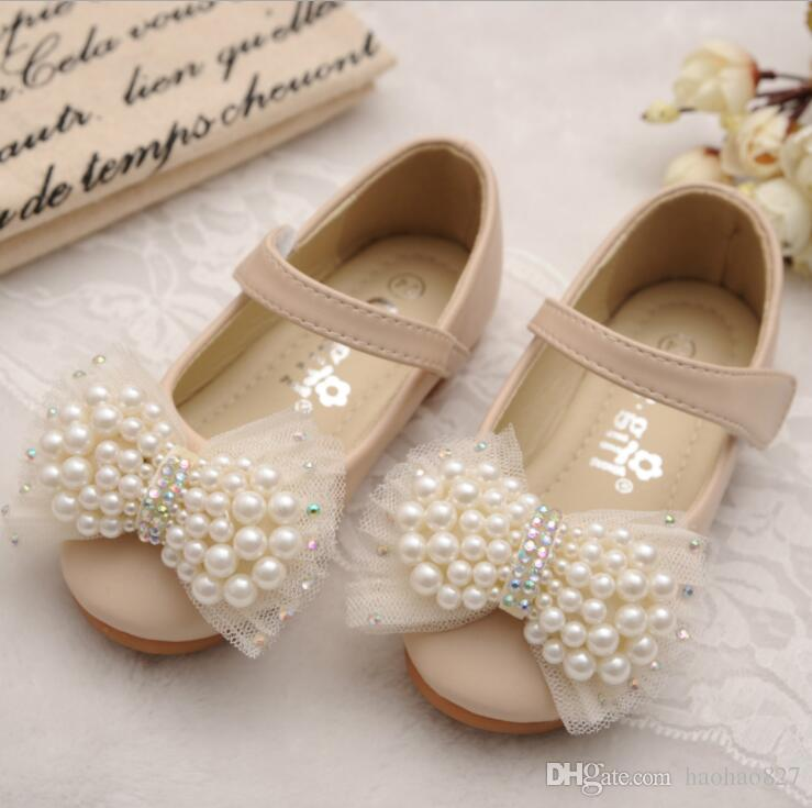 Children S Spring Autumn Girls Pearl Leather Shoes Small Sequins Rhinestone  Casual Shoes Dress Princess Single Shoes Kid Girl Shoes Kids Boot Sale From  ... 4a8e6804acf7
