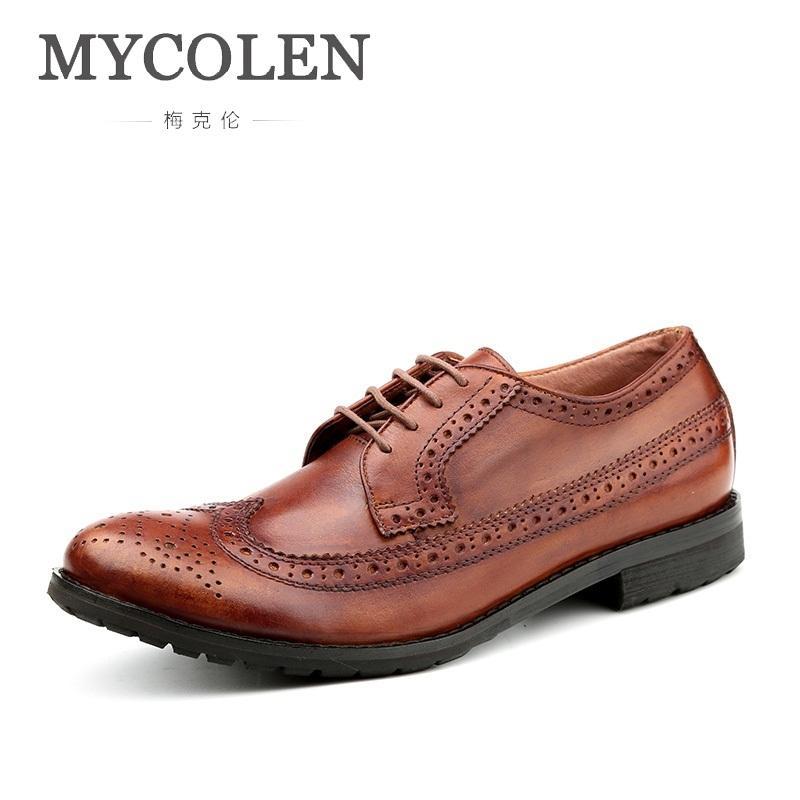678721dd7 Compre MYCOLEN Novo Luxo Couro Brogue Mens Sapatos Casuais Estilo Britânico  Homens Marca De Moda Sapatos De Vestido Para Homens Sapatos Masculinos De  Roseyy ...