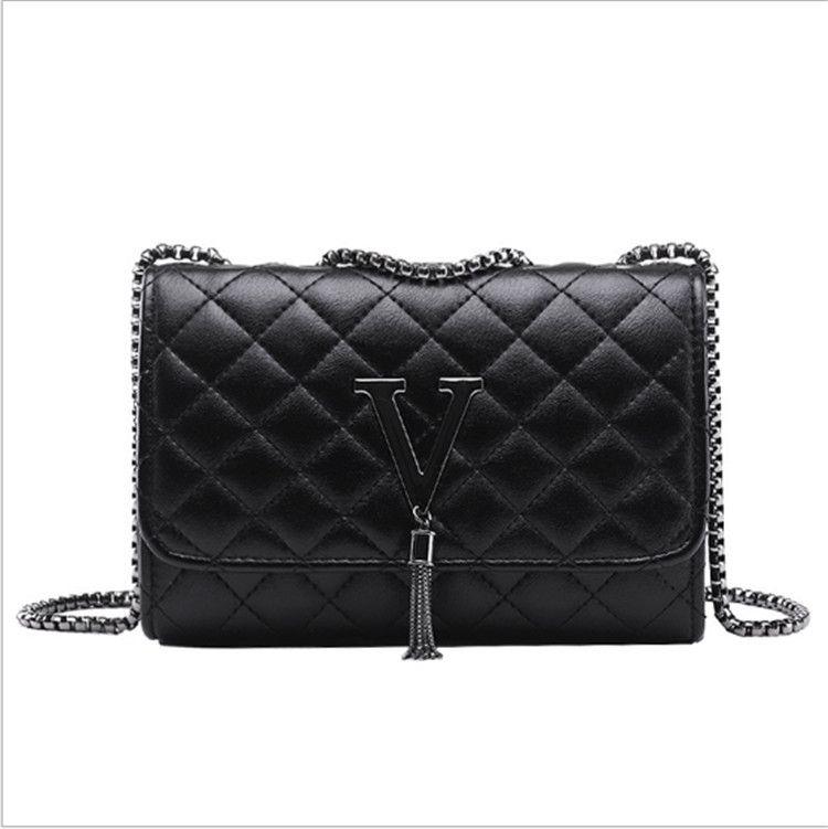 f83a6137fb5b 2019 NEW Fashion Women Shoulder Bags PU Leather Black Mini Chain ...