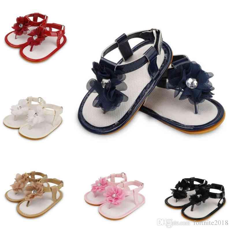 d4a792f2690 Compre Floral Playa Flor Princesa Sandalias Zapatos De Verano Para Niñas  Bebés Romano Plano Antideslizante Suela Suave Zapatillas De Deporte Recién  Nacido ...