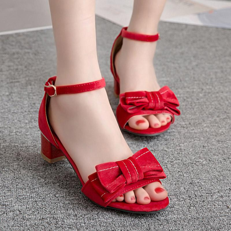 950836e8f22c Wholesale Style Comfortable Flock Summer Sandals Fashion Bowknot Buckle  Gray Pink Black Medium Heel Thick Women s Shoes Big Size Online with   51.73 Piece on ...