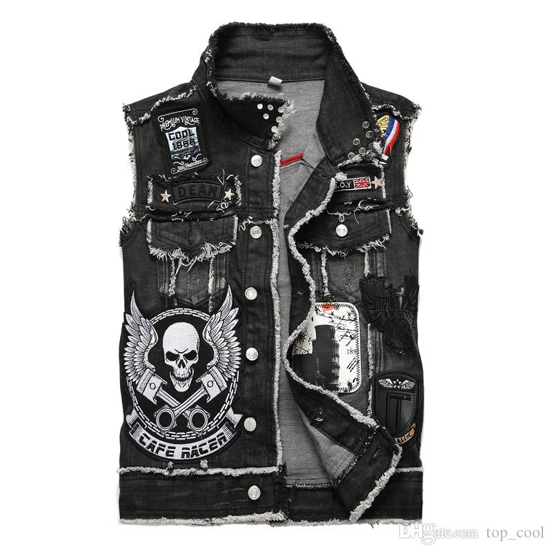 Unique Mens Skull Badge Fashion Denim Vest Waistcoat Vintage Designer Washed Embroidery Ripped Casual HiP Hop Sleeveles Jeans jacket 888