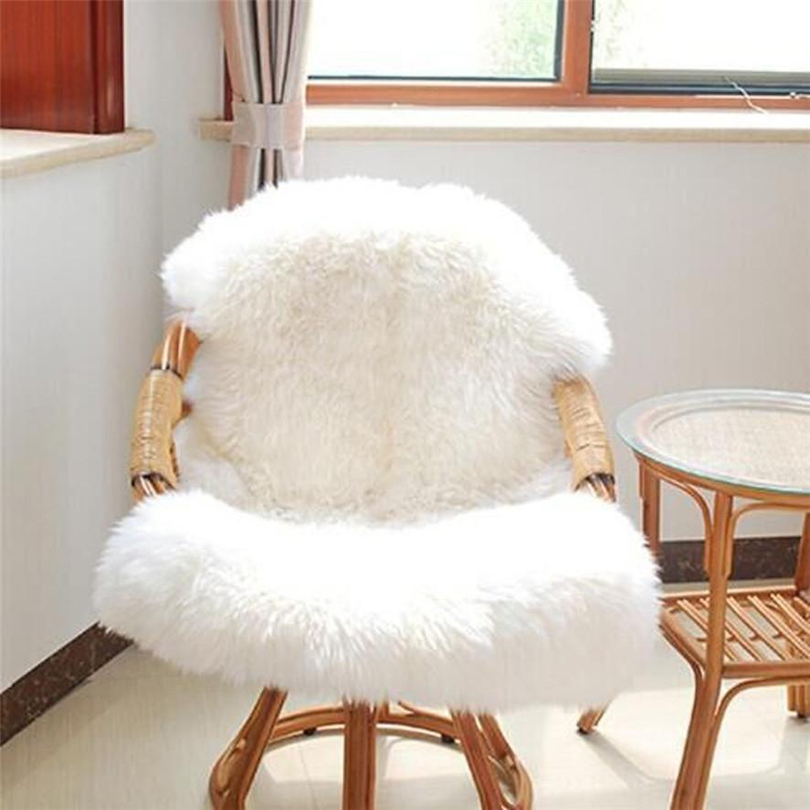 Professional Sale 2016 White Rabbit Fur Blanket Floor Real Fur Rug Bedrooms Blankets For Beds Bed Home Rugs And Carpets For Living Room Christmas Traveling Music Memorabilia