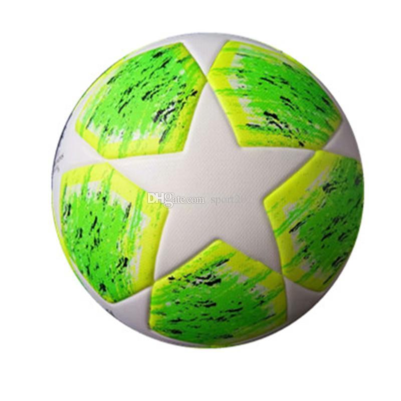 Compre AAA + Novo 2019 UEFA Champions League Bolas De Futebol Tamanho 5  Grânulos De Futebol Antiderrapante PU Verde De Futebol AZUL Vermelho De Alta  ... ec2a831f33de5