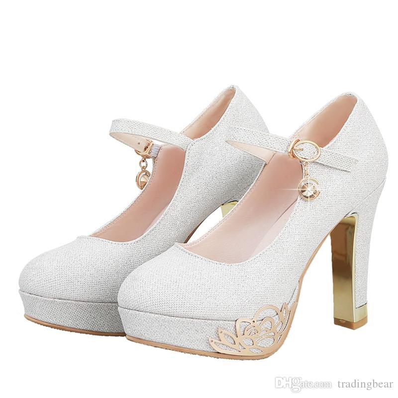 Büyük Küçük Boy 33 Boyutu 40 41 42 43 Zarif düğün topuklu ayakkabı gelin metal çiçek gümüş yüksek platform tasarımcı ayakkab ...