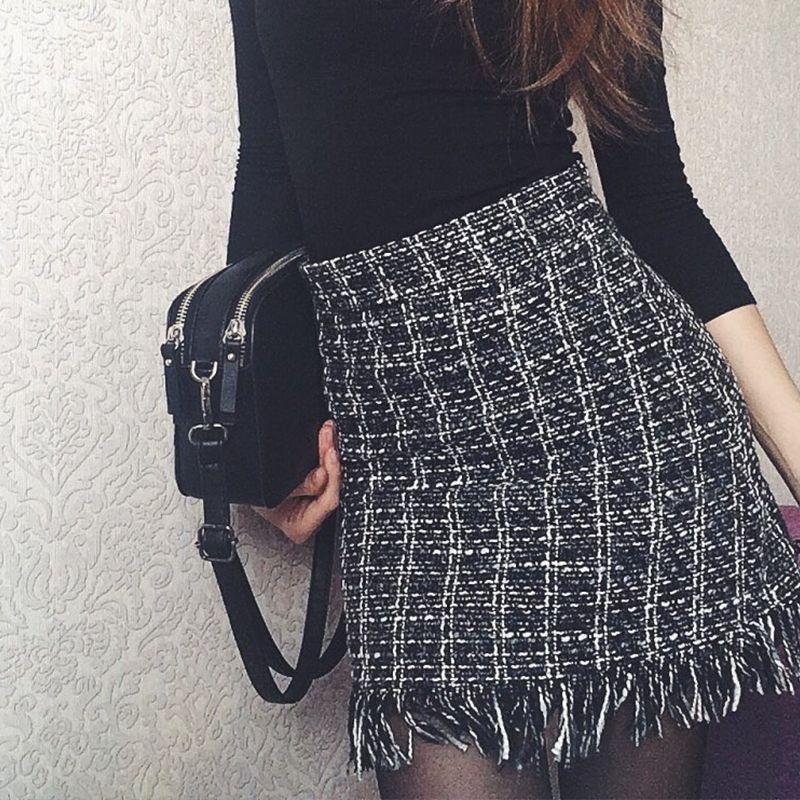 eb10b99f4 2018 Harajuku Casual invierno faldas de lana para mujer Vintage recta falda  a cuadros moda borla de cintura alta Mini Sexy falda mujeres