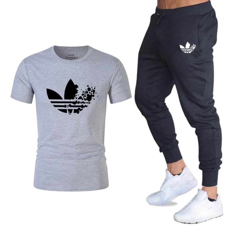 c2e3948367 T-shirt da uomo classiche di marca T-shirt + pantaloni da uomo Set da 2  pezzi Tuta da jogging Pantaloni da uomo di marca Pantaloni casual Set di ...