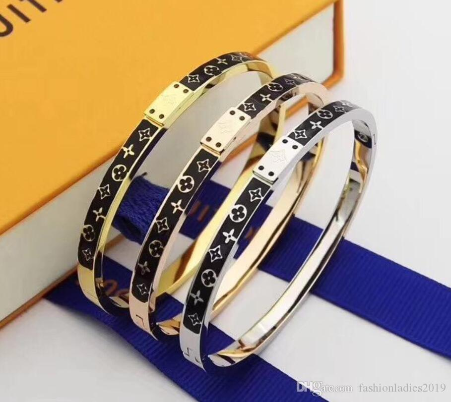 Brand Designer bracelet For women Ladies Titanium steel Fashion bracelet with 3 colors Jewelry Free Shipping