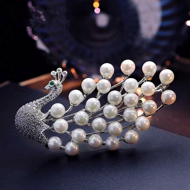 86796b2ebe7 luxurious Animal Peacock Brooches Pins Pearl Boutonniere Unisex Suits Dress  Banquet Wedding Party Brooches Jewelry For Women Men