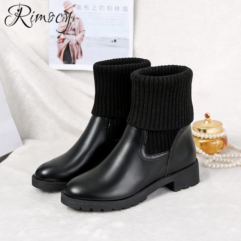db99e19b3 Compre Rimocy Sapatos Pretos Mulher Saltos Quadrados Ankle Boots Para As  Mulheres Virou Borda Botines Mujer 2018 Botas De Inverno De Pelúcia Curto  Forro De ...