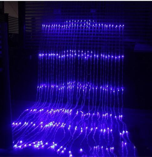 a01c5cdd3f8 Compre 3x3M 320 LED Cascada Carámbano Cortina Cadena De LED Luz De Hadas  Navidad Flujo De Agua Lluvia De Meteoros Lluvia Cadena De Luz A  32.83 Del  ...