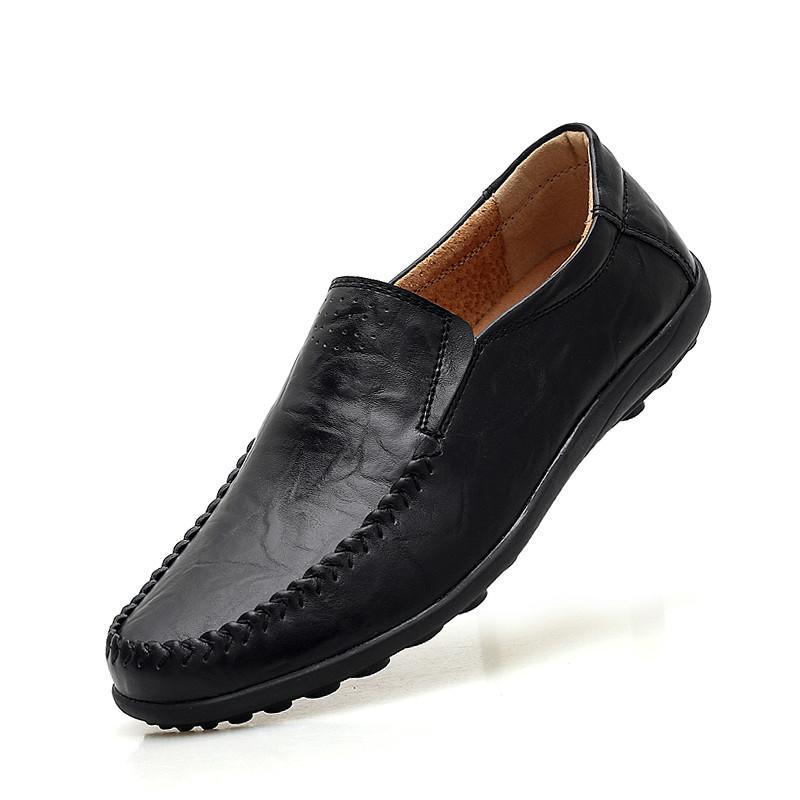 b6cc852c Compre 2018 Zapatos De Hombre De Color Sólido Zapatos Casuales De Lujo De  Los Hombres Zapatos De Cuero Suave Transpirable Antideslizante Barco De  Conducción ...