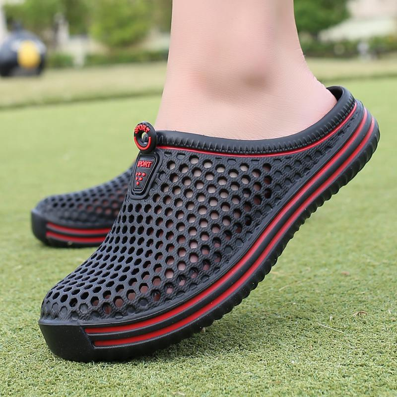 Comfortable Men Pool Sandals Summer Outdoor Beach Shoes Slip On Garden Clogs Casual Water Shower Slippers Unisex
