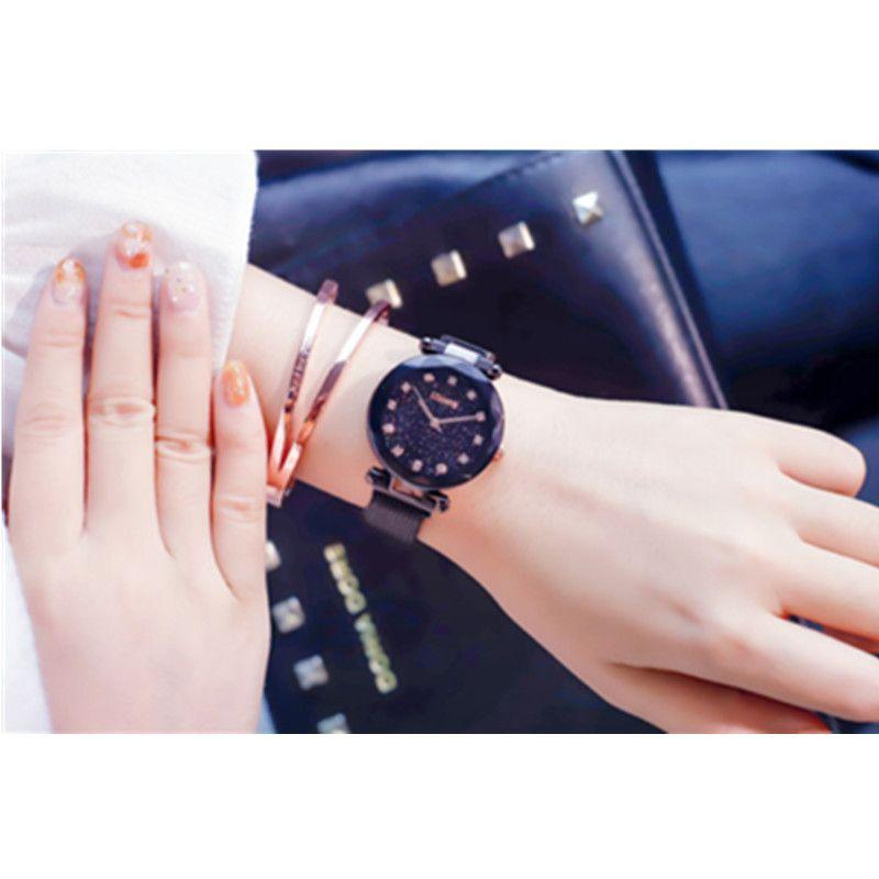 Lusso cielo Rose Gold Women orologi Minimalismo stellata magnete Fibbia Moda femminile casuale orologio da polso impermeabile in numeri romani W3