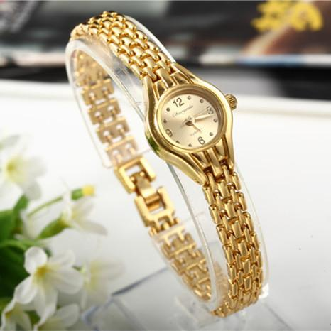 atches popular Women Bracelet Watch Mujer Golden Relojes Small Dial Quartz leisure Watch Popular Wristwatch Hour female ladies elegant wa...