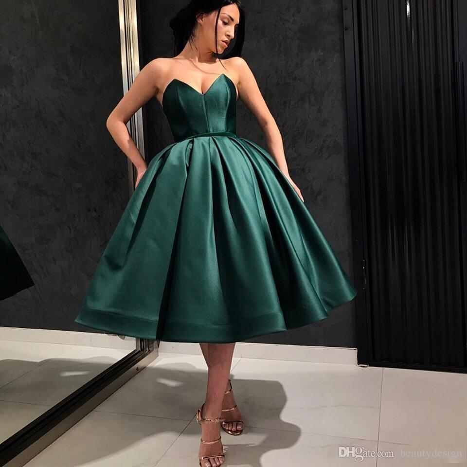 623eede8b7e 2019 New Dark Green Short Prom Dresses Pretty Ball Gown Knee Length Party  Dresses Sweetheart Short Cocktail Dress For Graduation Gowns Green Party  Dress ...
