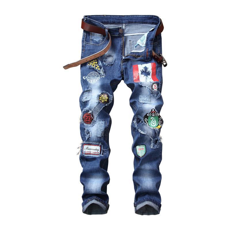 Compre Nova Venda Calças Dos Homens Calça Skinny Calça Jeans Dos Homens  Europeus Americano Slim Fit Reta Trecho Patch Crachá Buraco Maré Calças  Masculinas ... 4dfc599c4e7