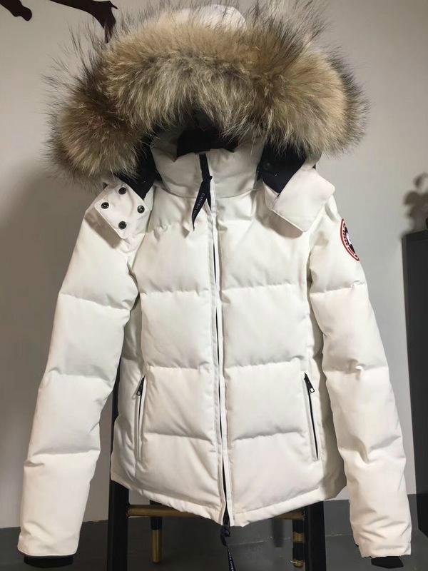 2619c5e91 Luxurious Canada Women Winter Duck Down Coat 100% Real Large Real Wolf Fur  Collar Hooded Down Jacket Thick Warm Down Parkas.
