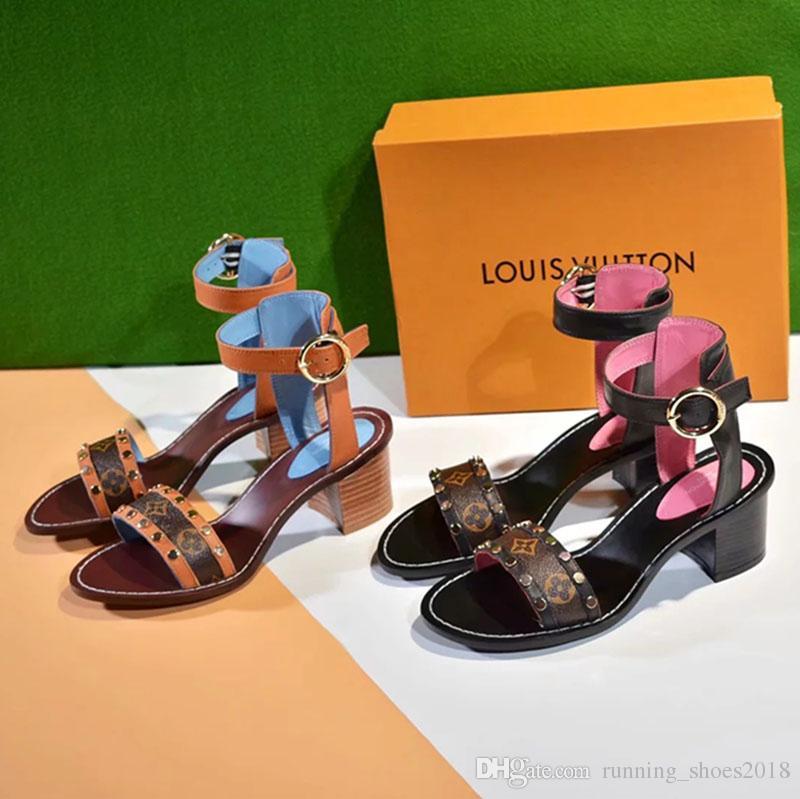 66ca2759e495 New Designer Womens Luxury Flat Sandals Summer Beach Black Brown ...