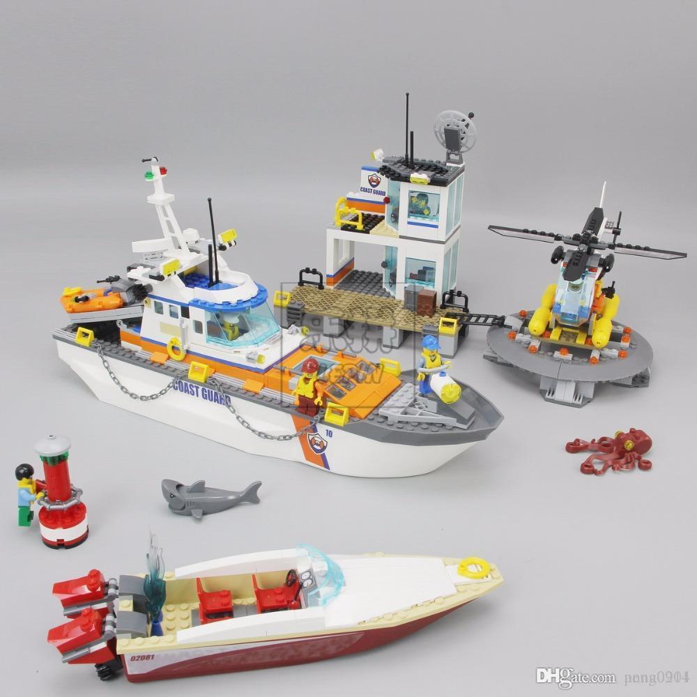 Compre Lepin 02081 855 Unids Ciudad Serie Policía Guardacostas Cuarteles  Generales Base Helicóptero Barco Bloques De Construcción De Juguete  Juguetes ... 70de0d66d42