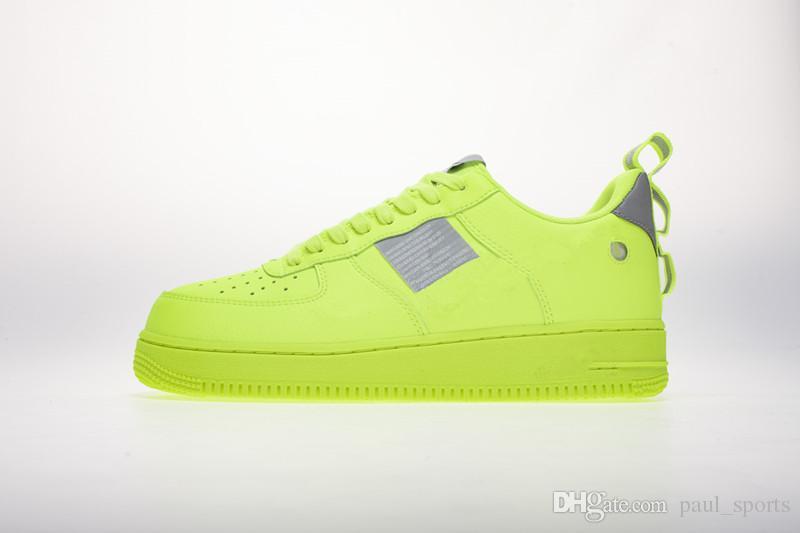check out 5374f f407e Acquista 1 07 LV8 Utility Volt Nero Bianco Verde Fluorescente Scarpe Da  Corsa Alta Qualità 1s Chaussures Uomo Donna Athletic Sneakers Taglia 36 45  A  74.12 ...
