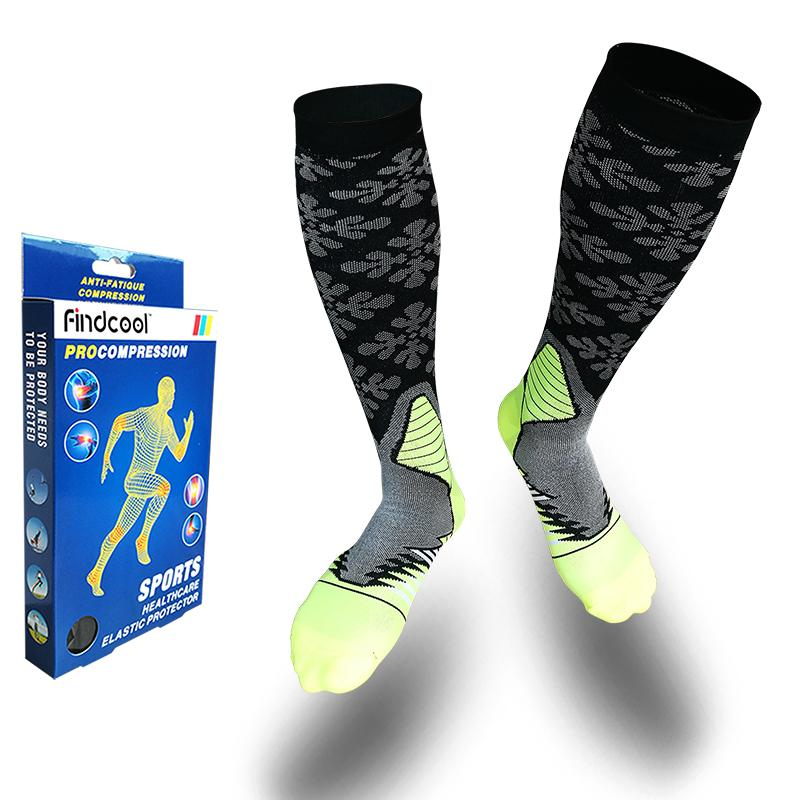 9377bbc056 2019 FINDCOOL Cycling Socks Basketball Soccer Compression Socks Outdoor  Sports Sock Football Running Hiking Yoga Cykle Meias Calcetin From  Bluelike, ...