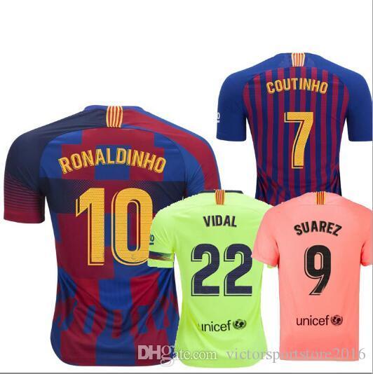 Compre MURILLO 18 19 Camiseta De Fútbol Barcelona Mashup Hogar Lejos  Tercero 2018 2019 20º Aniversario Messi RONALDINHO COUTINHO HENRY Camisetas  De Fútbol A ... 60461f8949a