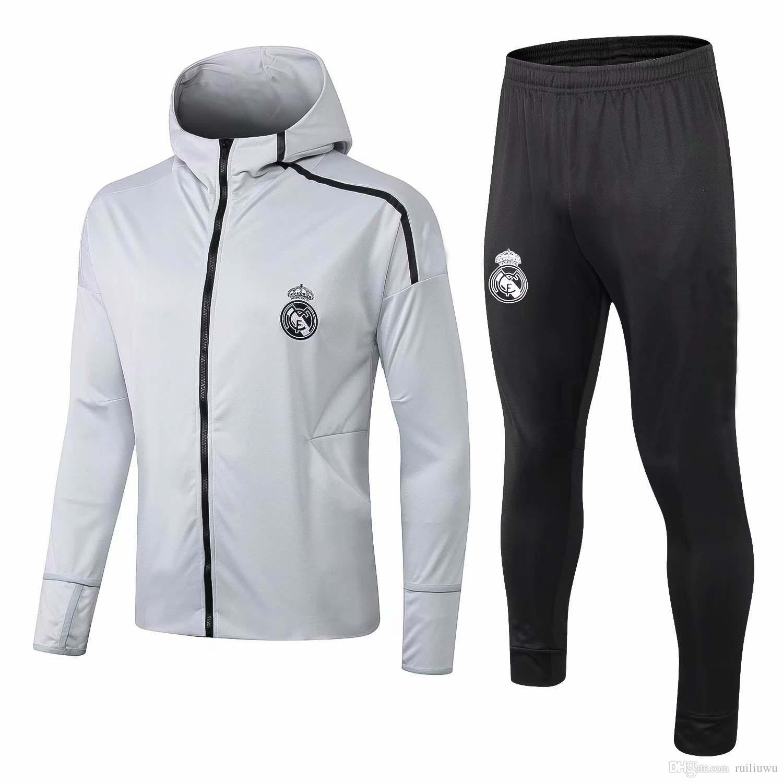 b6ffa4d89dc35 Compre AAAA + 2018 2019 Real Madrid Sudaderas Con Capucha Kits De Chaqueta  Traje De Entrenamiento BOLSA MODRICA Chandal Chándales Maillot De Foot ...